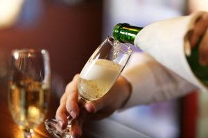 キャバクラで出る『シャンパン』定番の種類や価格相場を知っておこう☆